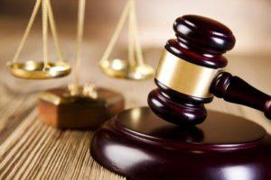 Изображение - Если судебные приставы наложили арест на счёт или квартиру в ипотеке - что делать podat_isk-300x200