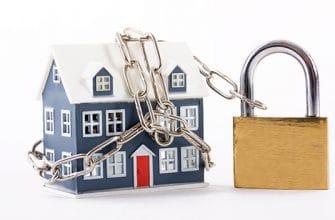 может ли банк забрать квартиру