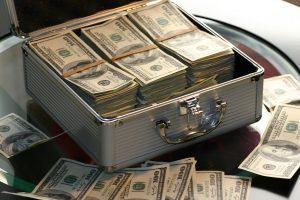Покупка недвижимости: как грамотно передать деньги продавцу