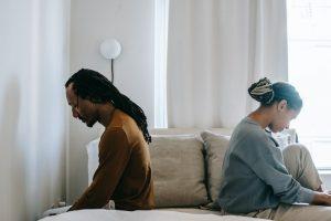 Госпошлина за развод в 2021 году: сколько стоит развод через ЗАГС и суд