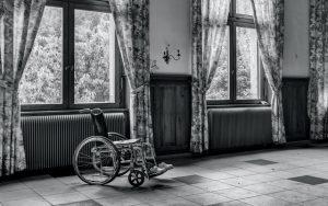 Как оформить пособие по уходу за ребенком-инвалидом